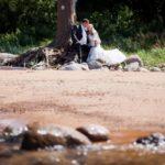 fotosesija pie jūras kāzās