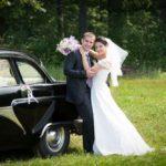 kāzu retro auto, kāzu fotosesija
