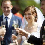šampānietis kāzās