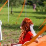 oriģināla līgava, oranžā krāsa kāzās