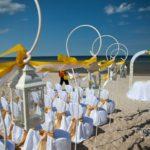 kāzu ceremonija pie jūras, kāzu inventāra noma, kāzu noformējumi