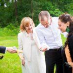 jaunā pāra izklaides kāzās