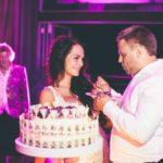 kāzu torte, kāzu tortes griešana