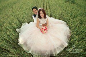 Tatjana and Gaurav, international wedding, starptautiskas kāzas, skaisti kāzu foto, jaunais pāris, laulību ceremonija, tēvs un līgavainis kāzās, Kāzu Aģentūra