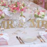 kāzu galds, Mežotnes pils, laulību ceremonija, tēvs un līgavainis kāzās, Kāzu Aģentūra