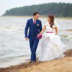 kāzas pie jūras, jaunais pāris, Kāzu Aģentūra, milestiba.lv